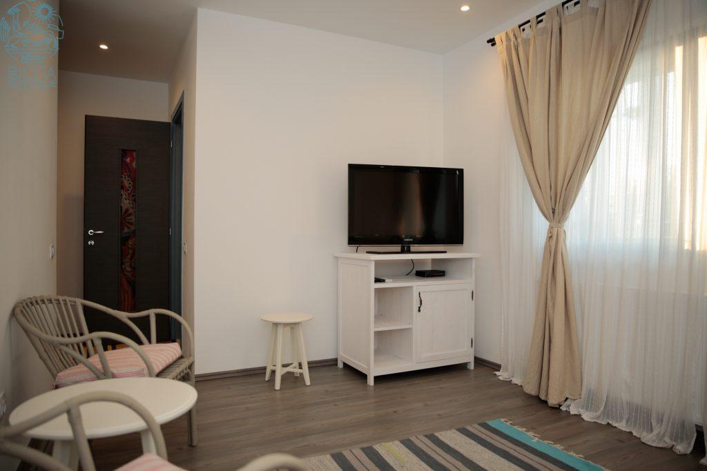 Apartment (62 of 73)